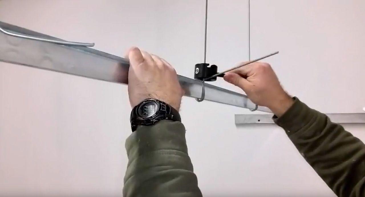 Ergonomic hand tool